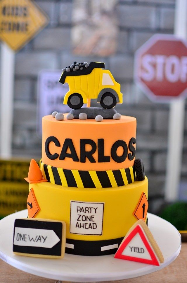 Remarkable Carlos Construction Themed Party 1St Birthday With Images Funny Birthday Cards Online Elaedamsfinfo