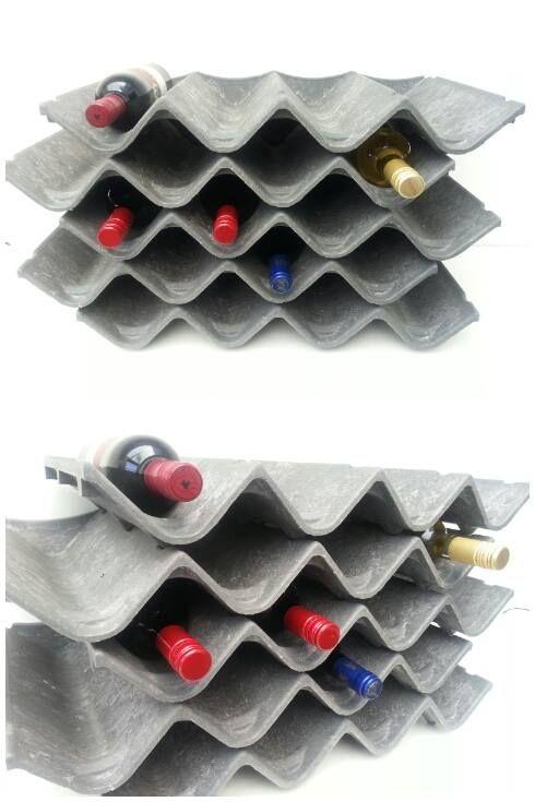 Orginele stoere wijnrekken van gerecycled kunststof. Aan jou te bepalen hoeveel je stapelt.   Afm. 57 x 31 cm en 8 cm hoog € 6,00  www.facebook.com/stoeruhzaken.nl