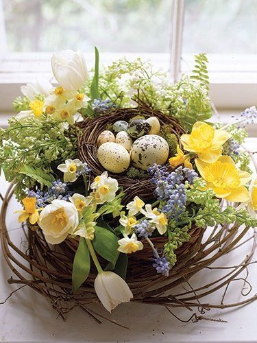 33 Easter Flower Arrangements to Impress Any Guest ...