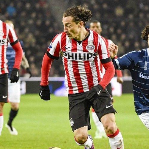 Guardado Bertahan di PSV