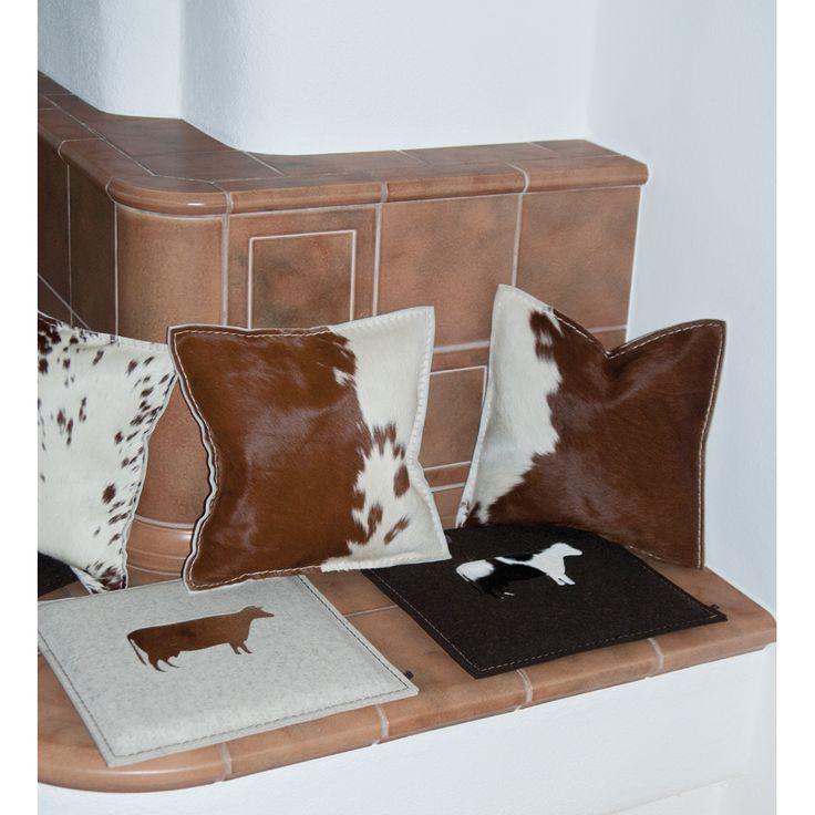 unsere neuen Sitzkissen sowie Kissen in wunderschöner Felloptik.