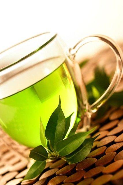 Energy Boosting Foods for Women – Top 30 Diet Tips - http://www.glamourmagazine.co.uk/love-sex-relationships/health-fitness/2011/09/top-30-energy-boosting-foods-(1)