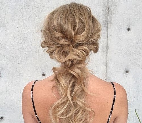20 Eye catching hairstyles of long thin hair. Best hairstyles for long thin hair. Top hairstyles for long thin hair. Women Hairstyles for long thin hair.