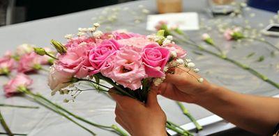 rangkaian bunga mawar terindah,harga rangkaian bunga mawar pertangkai,jual bunga mawar satuan,harga buket bunga mawar,bunga mawar untuk pacar,harga rangkaian bunga untuk pacar,buket bunga mawar,