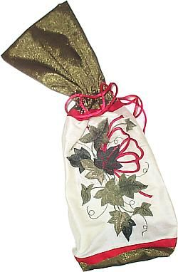 I am sew in love with this wine bag and design.  Can't wait to make a few