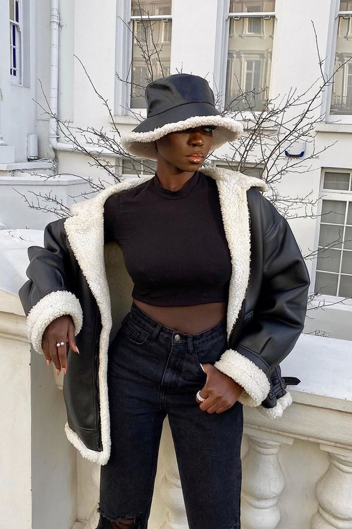 Bucket Hats Are Here To Stay So Here S How To Actually Wear Them Outfits With Hats Hat Fashion Streetwear Fashion