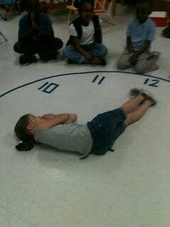 Geweldige interactieve manier om kids te leren klokkijken
