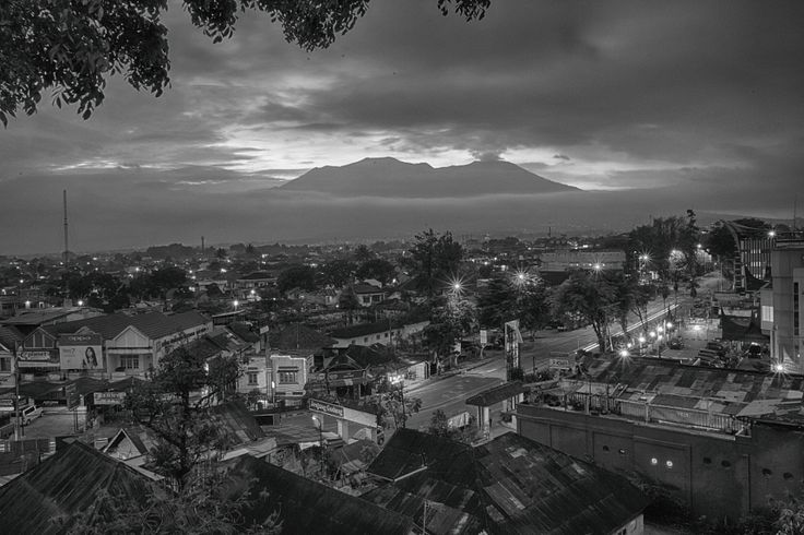 Bukittinggi by Haerudin Akil - Photo 147194165 - 500px