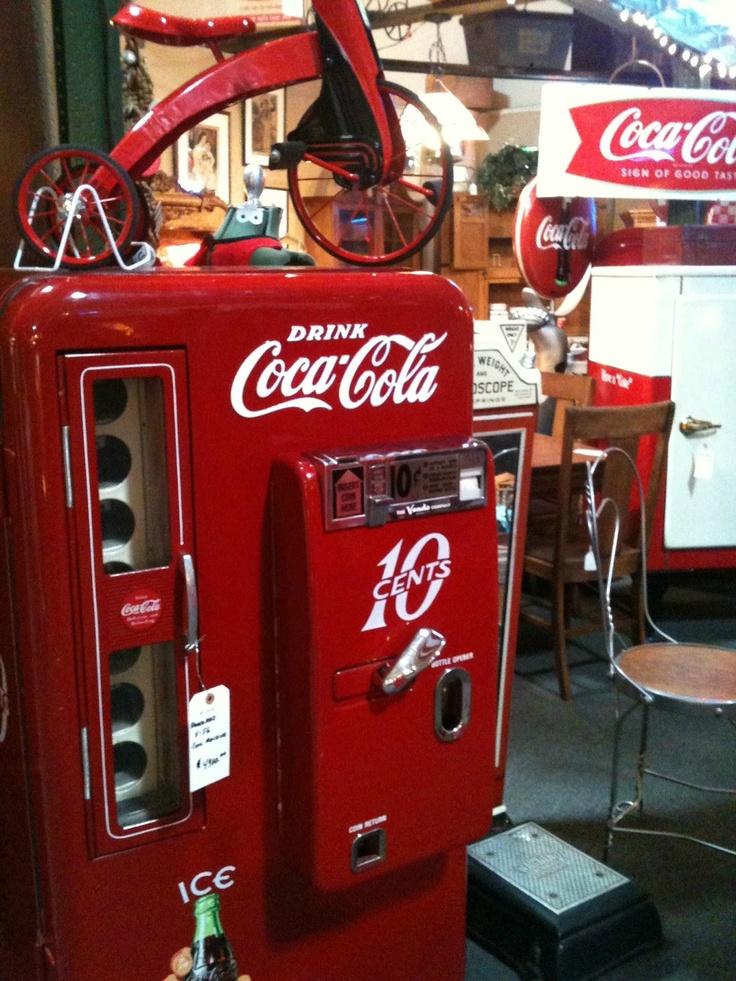 25 b sta coke machine id erna p pinterest coca cola vintage coca cola och coca cola. Black Bedroom Furniture Sets. Home Design Ideas