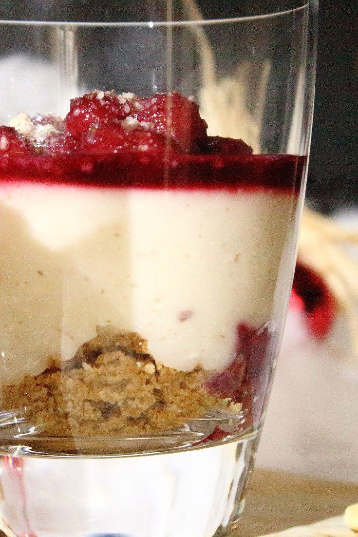 Selbstgemachter Mandelpudding mit Kirschen und Spekulatius 🍮🍒🍪 -http://maryloves.de/mandelpudding-mit-kirschen-und-spekulatius/  Rezept - Winterrezept - Dessert - Pudding - Winterdessert - Foodblogger_de -  #foodblogger_de #winterrezept #vorweihnachtszeit #blogger_de #rezept #mandelpudding #kirschen #spekulatius #puddingrezept #delicious #foodporn #sweets #dessert #winterdessert #lecker