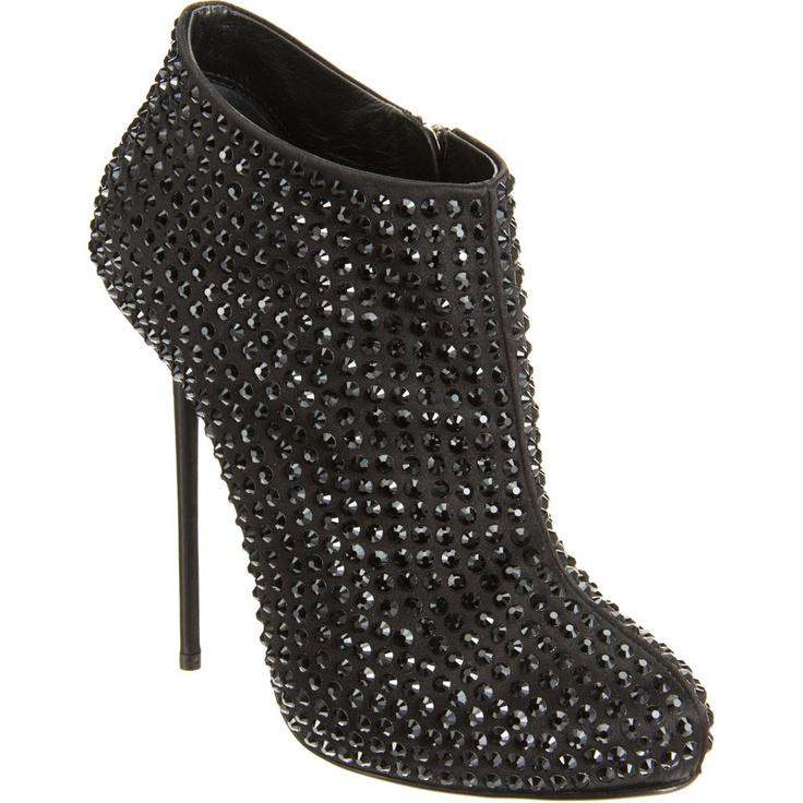 Giuseppe Zanotti Bootie: Giuseppezanotti, Crystals, Shoes, Fashion, Giuseppe Zanotti, Style, Zanotti Crystal, Crystal Bootie, Boots