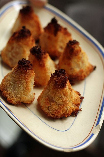 Pineapple Coconut Macaroons (1) From: David Lebovitz (2) Webpage has a ...
