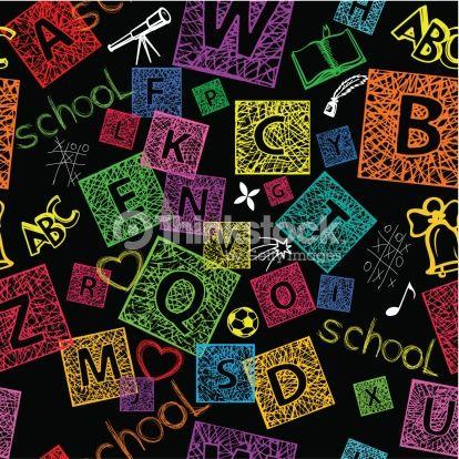 Initiales prénoms String Art. Couper une feuille de la couleur de votre choix afin d'obtenir un carré. Découper la lettre dans du papier autocollant (comme utilisé pour couvrir les livres par ex.) et la coller au centre de cette feuille. A l'aide d'un stylo craie, tirer des traits sur toute la feuille. Puis décoller la lettre autocollante.