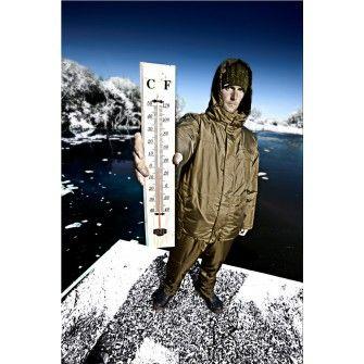 Nowy kombinezon firmy Trakker. 3-częściowy składający się ze spodni, kurtki oraz wpinanego polaru zapewni ekstremalne ciepło, wodoodporność i wytrzymałośc w każdych warunkach.
