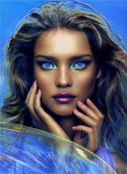 Animation Girl su uno sfondo blu con gli occhi azzurri, SIFCO ragazza su uno sfondo blu con gli occhi azzurri