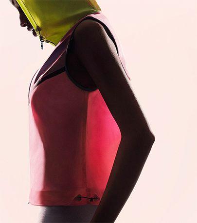 Nike toont transparante sportkleding | B R I G H T