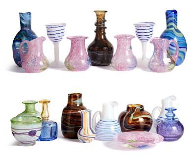 COLLECTING MINIATURES  Kosta Boda and Hadeland Glassworks.  Gro Bergslien, Bertil Vallien and Ulrica Hydman Vallien.   HEIGHT 5 to 11 NUMBER 18