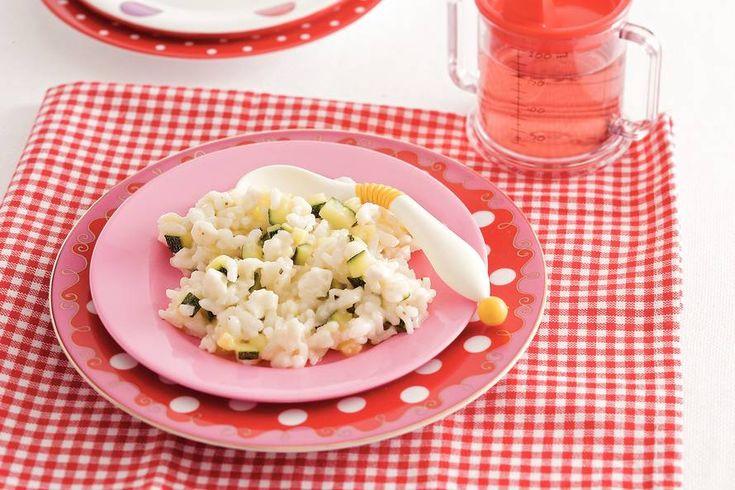 Kijk wat een lekker recept ik heb gevonden op Allerhande! Rijst met courgette en mozzarella (baby 12-18 maanden)
