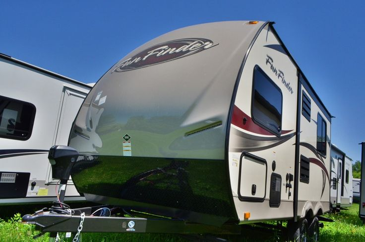 """EASY, SIMPLIFIED, AFFORDABLE RV LIVING!  2015 Cruiser Fun Finder 189FDS Enjoying the comforts of RV living has never been so easy! This lightweight camper weighs only 3,425 lbs. dry but provides all the residential amenities you want. A queen bed, clothing storage, a well-equipped kitchen with dinette, and a full bathroom make up this great 19' 3""""-long trailer! Give our Fun Finder expert Aaron Roberts a call 517-204-2624 for pricing and more information."""