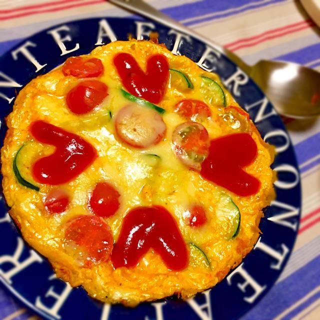 チーズも入れて栄養満点 - 44件のもぐもぐ - ズッキーニとミニトマトのオープンオムレツ by kuuryu