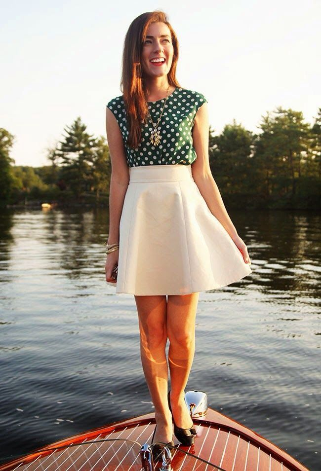 High wasted skirt,cute green patterned blouse,cute jewelry