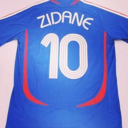 2006 France shirt (Zidane #10) M  - beautiful France shirt BNWT from  @2ballfutbal  #football #footballshirt #footballshirtcollective #france #francefootball #soccer #soccershirt #vintagefootball #zidane #zizou #classicfootball #euro2016