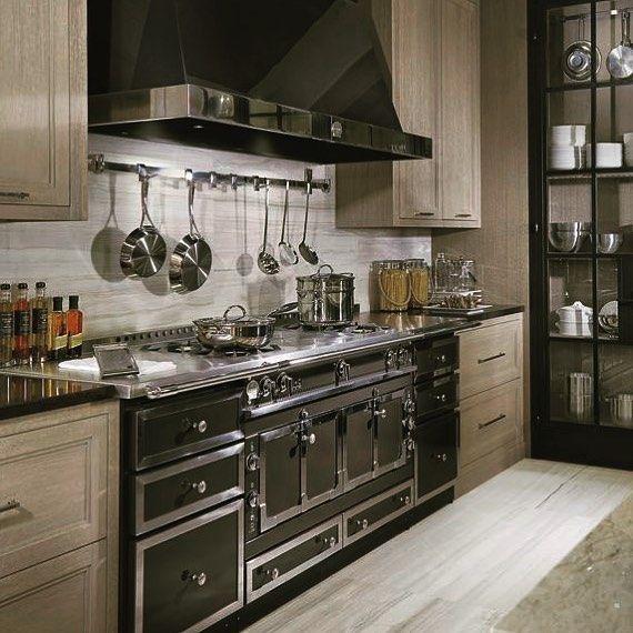 15 Beautiful Small Kitchen Remodel Ideas Decorating Solution Custom Kitchen Remodel Kitchen Remodel Small Kitchen Interior