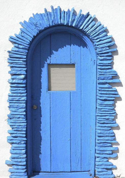 I love everything about this door!