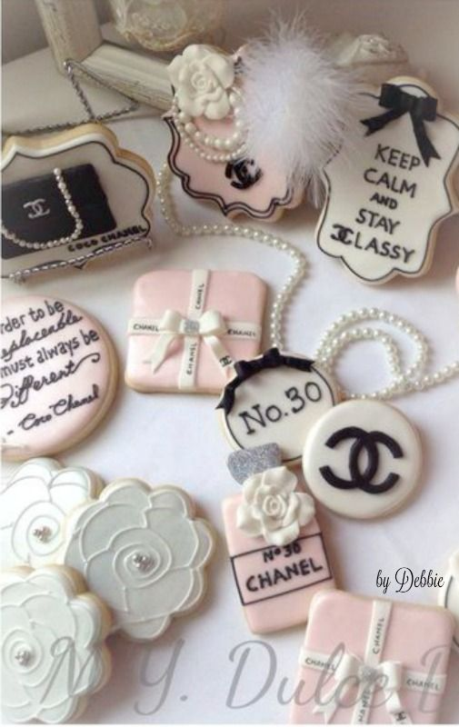 Chanel cookies ~ Debbie ❤
