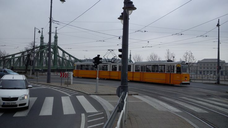 #Tram No.49 leaves Szent Gellért Square stop in #Budapest #Hungary