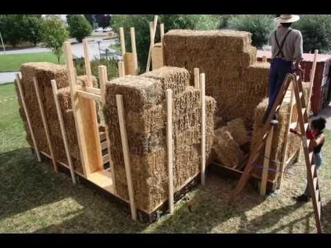 Video of building a straw bale house in 2,5 minutes / Att bygga ett halmbalshus på 2 1/2 minuter - YouTube
