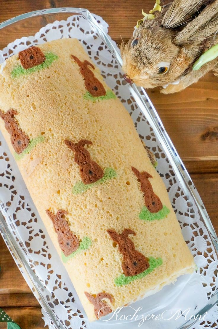 KochzereMoni: Happy Easter! Easter Bunnies Biscuit Roll filled with Tangerine Quar …   – Ostern