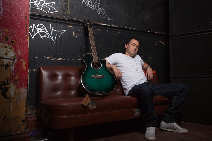 Manchester singer, songwriter, music producer, noise maker - Dusty Cellars in the studio for a shoot with me!!!