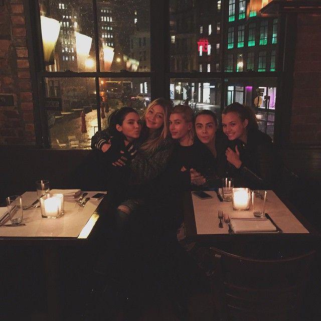 Kendall Jenner, Taylor Swift, Cara Delevingne, Selena Gomez y Hailey Baldwin, noche de chicas en Nueva York... | CORAZON VIP 2