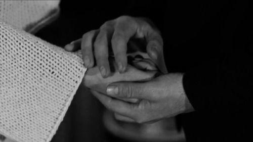 """""""Her insan, sadakatle sahip çıkılmak ister.""""  #fi  #Serenay Sarıkaya # Ozan Güven"""