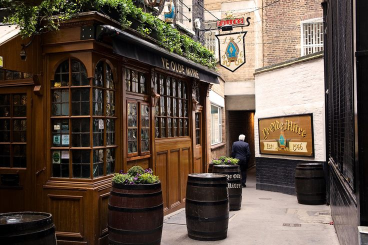 A wonderful historic London pub set in Ely Court, The Ye Olde Mitre takes traditional pub-keeping seriously. With a wealth of real ales on tap, great home-made bar snacks, and a friendly team behind the bar, this really is one of the best watering holes in historic London.