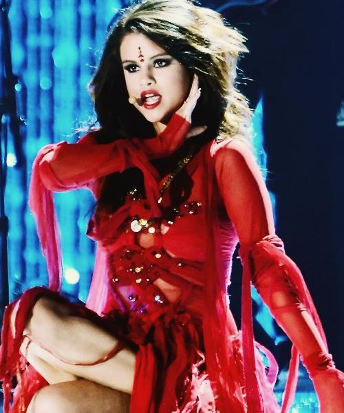 Pin by Alberto Sánchez on Selena Gomez | Pinterest  |Selena Gomez Come And Get It Performance