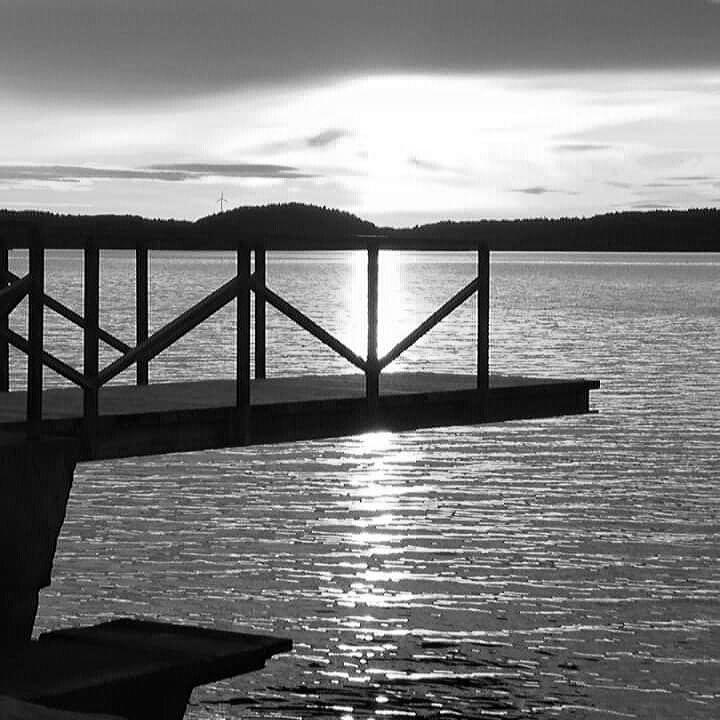 #sommarkväll #hopptorn #saltvatten #ljungskileviken #kungsparken #solnedgång