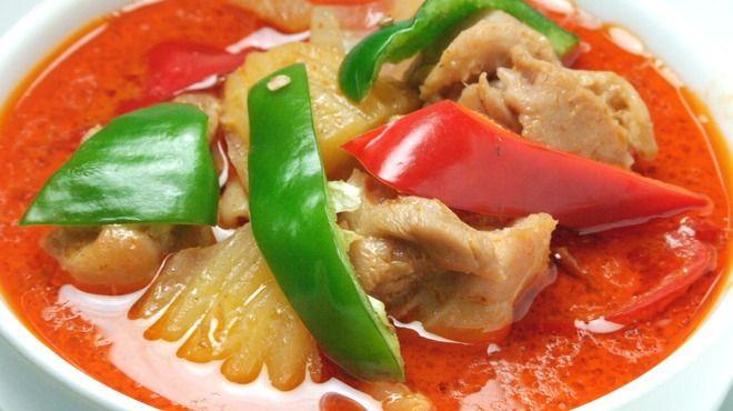 ガパオ食堂 - 料理写真:米国CNNで、世界の美食ランキング第1位に輝いた話題のマッサマンカレー!