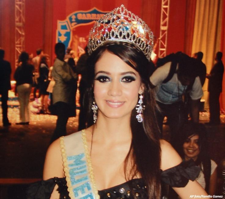 Triste fin de reina de belleza seducida por narco en http://www.vox.com.mx/2013/02/triste-fin-de-reina-de-belleza-seducida-por-narco/