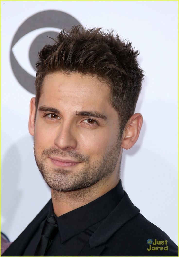 Jean-Luc Bilodeau at the People's Choice Awards 2016