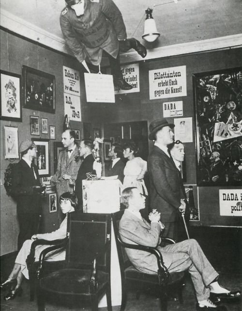 Erste Internationale Dada Messe - First International Dada Fair - Berlin,1920  Dilettanten - erhebt Euch gegen die Kunst! / Dilettantes, rise up against art!