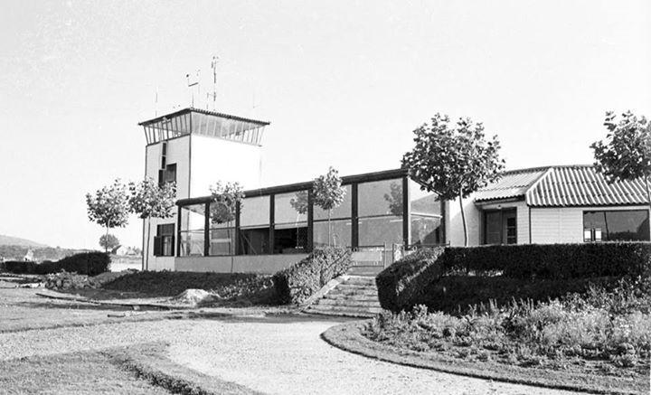 Aeropuerto de Peinador en los años 60. Foto de Vigo, ciudad olívica. Fotos antiguas.