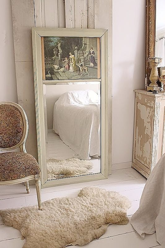 LARGE FRENCH MIRROR WITH IMAGE