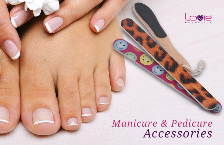 Καλοκαιρινή άνεση και ομορφιά στα άκρα! Αξεσουάρ μανικιούρ και πεντικιούρ #Lovie ! #manicure #pedicure #accessories #summer #nails #feet #beauty #kalokairi #cosmetics