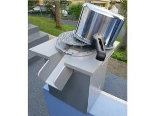 Maquina de moler viandas. Ideal para moler masa para pasteles, alcapuria, etc  Puerto Rico