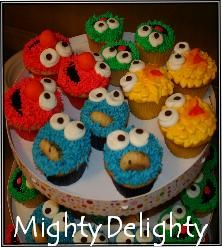 Mighty Delighty: How to make Miniature Big Bird Cupcakes