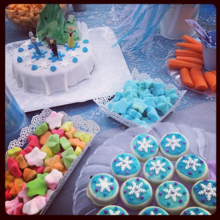 Frozen sweets and cakes