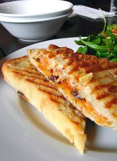 HEALTHY RECIPES: PIZZA SANDWICH