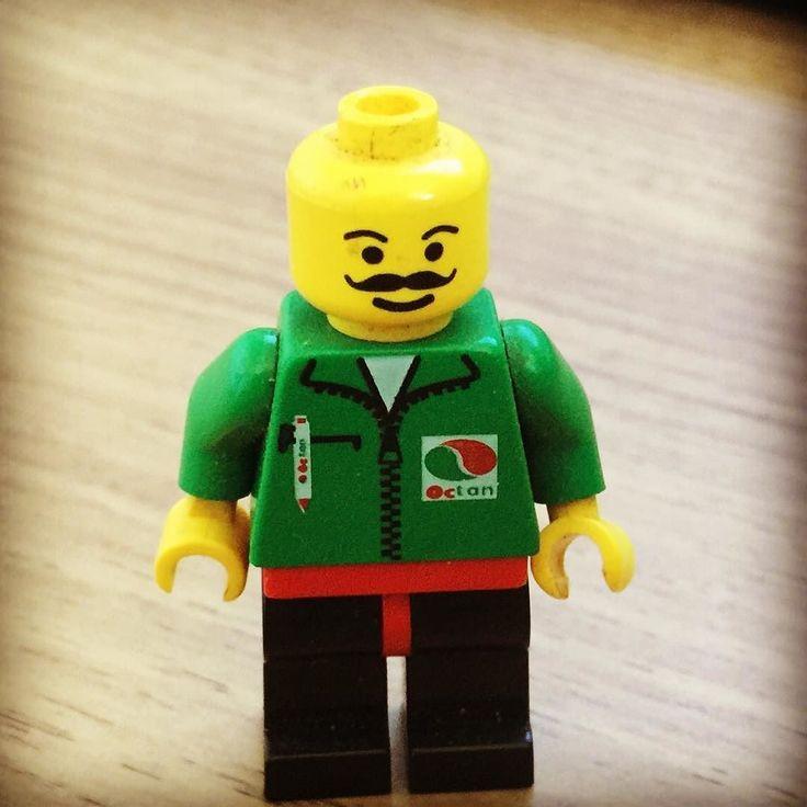 #lego #레고인스타그램 #레고 #legomania #레고스타그램 #legoworld  #レゴ#legostagram #legoinstagram #키덜트 #legogram  #legos #legolas  #legophotography #legoland #legolove #legominifigures #legominifigure #legominifigs #oldlego #oldlegos #올드레고 #legocollection #legooctan #레고시티 #legocity 어릴때 들고있던 유일하게 남아있는미피 ㅋㅋ by vipd0